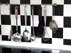 Hanging kitchen tools